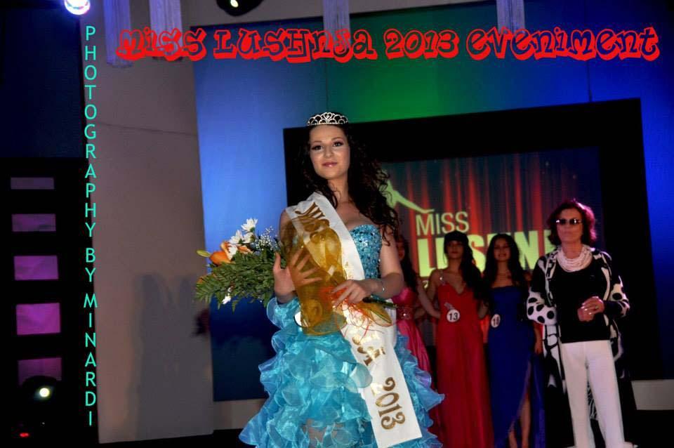 Shqiptarja Miss Lushnja Spektakli Njeh Tabu Kurora