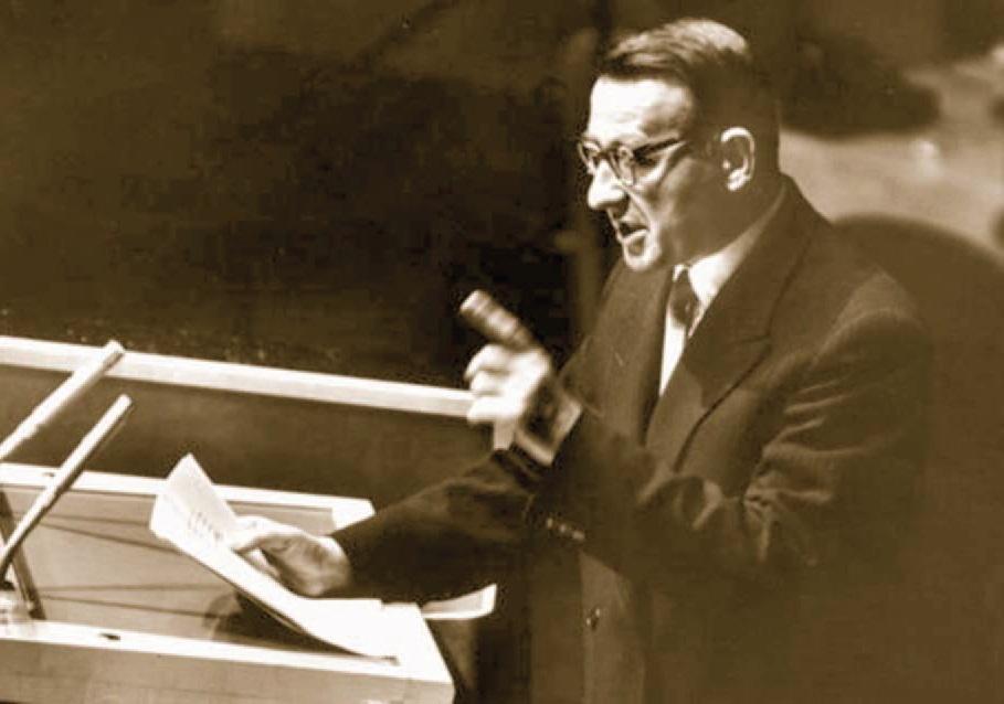 Mehmet Shehu gjatë mbajtjes së Fjalimit në OKB më 26 shtator 1960