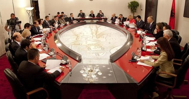 Mbledhja e qeverise Rama